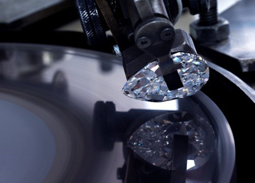 cutting a diamond