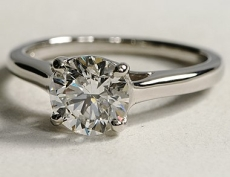 Diamond solitaire with domed band - BS06