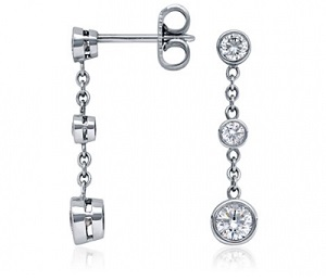 3 diamonds and chain drop earrings - B09