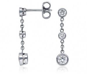 Boucles d'oreilles pendantes 3 diamants + chaîne
