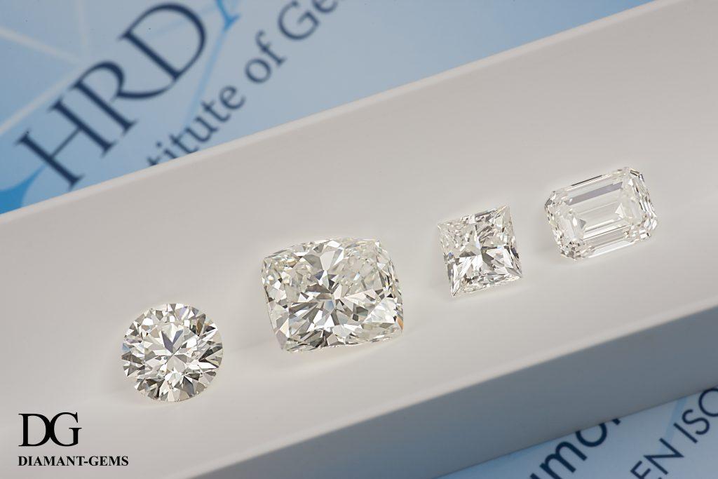 présentation de 4 diamants de différentes formes