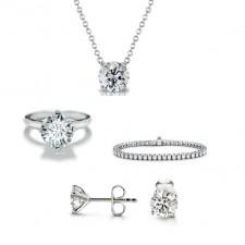 ensemble de bijoux en diamants (bague, boucles d'oreilles, pendentif, bracelet)