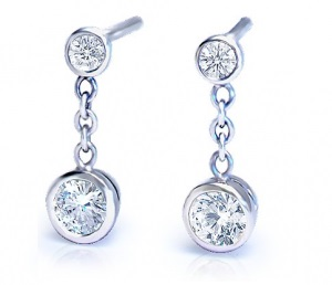 Chain and 2 diamonds earrings – B08